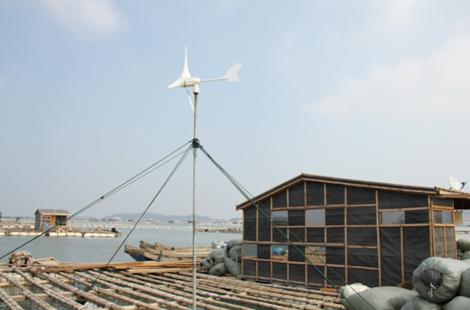 华通远航 鱼排太阳能风光互补供电系统有哪些特点