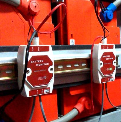 光伏蓄电池在线巡检单元